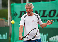 Netherlands, Amstelveen, August 18, 2015, Tennis,  National Veteran Championships, NVK, TV de Kegel,  Peter Gerritsen<br /> Photo: Tennisimages/Henk Koster