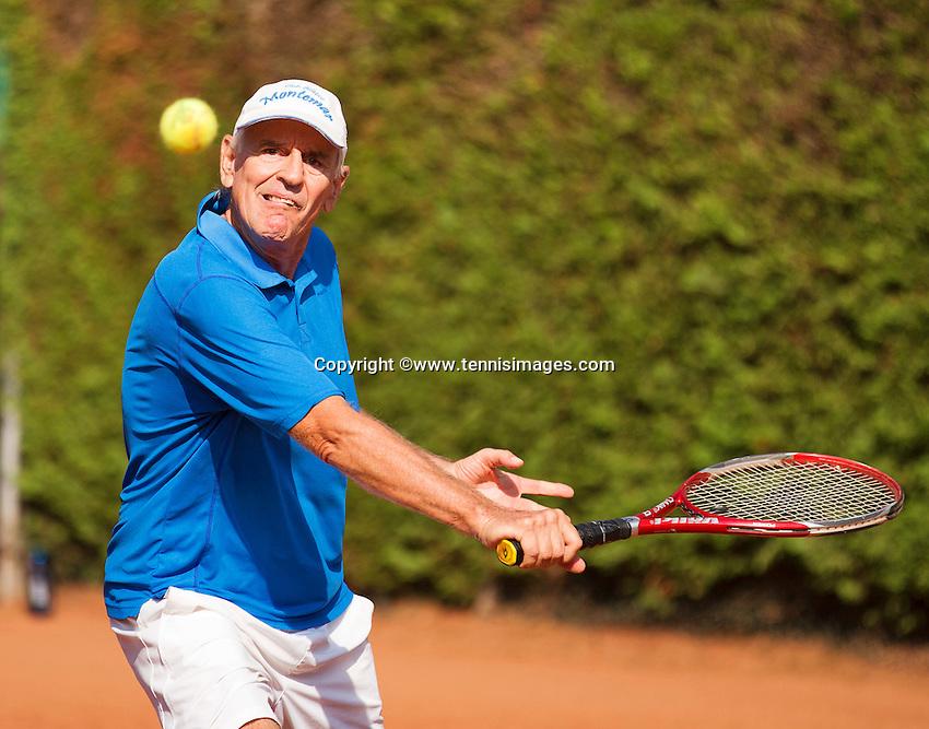 Netherlands, Amstelveen, August 22, 2015, Tennis,  National Veteran Championships, NVK, TV de Kegel,  Men's 65+, Frank van Lerven<br /> Photo: Tennisimages/Henk Koster