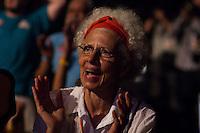 RIO DE JANEIRO, RJ, 15.09.2014 - CULTURA COM DILMA - Dilma e Lula participam de encontro com artistas e intelectuais, realizado no Teatro Oi Casagrande, zona sul da cidade, nesta segunda-feira, 15. (Foto: Gustavo Serebrenick / Brazil Photo Press).