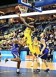 12.02.2019, Mercedes Benz Arena, Berlin, GER, ALBA ERLIN vs.  Basketball Loewen Braunschweig, <br /> im Bild Landry Nnoko (ALBA Berlin #35), DeAndre Lansdowne (Braunschweig #8), Christian Sengfelder (Braunschweig #11)<br /> <br />      <br /> Foto &copy; nordphoto / Engler