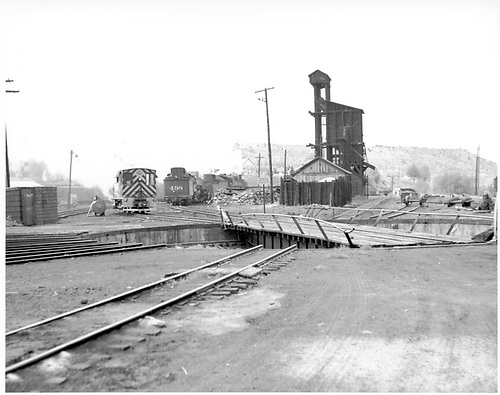 Durango yard - looking south across the turntable.<br /> D&amp;RGW  Durango, CO
