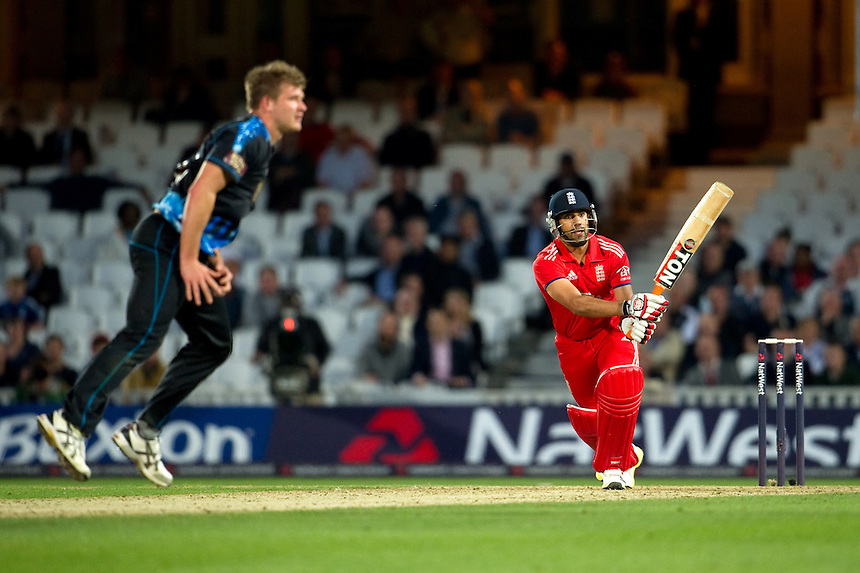 England's Ravi Bopara hits out at New Zealand's Corey Anderson<br /> <br />  (Photo by Ashley Western/CameraSport) <br /> <br /> International Cricket - NatWest International T20 Series - England v New  Zealand - Tuesday 25th June 2013 - The Kia Oval, London <br /> <br />  &copy; CameraSport - 43 Linden Ave. Countesthorpe. Leicester. England. LE8 5PG - Tel: +44 (0) 116 277 4147 - admin@camerasport.com - www.camerasport.com