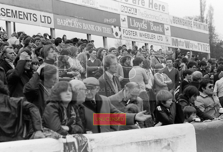 26/04/80 Reading v Blackpool  League Divsion 3.....© Phill Heywood.