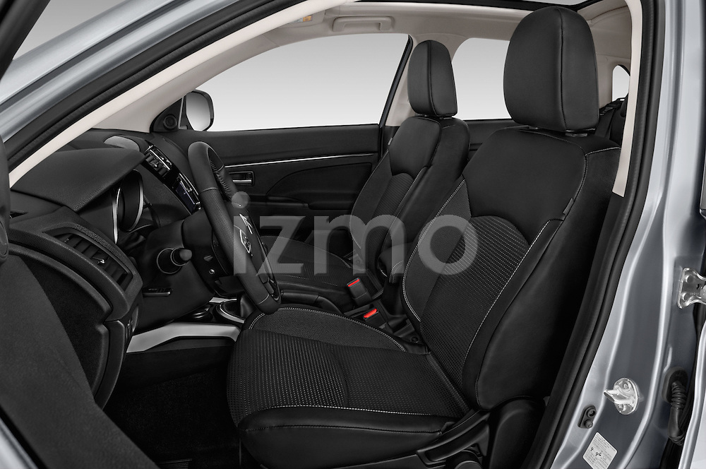 Front seat view of 2016 Citroen C4-Aircross Feel-Edition 5 Door Suv Front Seat  car photos
