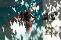 02.2012 Playa del Carmen (Mexico)<br /> <br /> Surfeuse peinte sur un mur.<br /> <br /> Surfer painted on a wall.