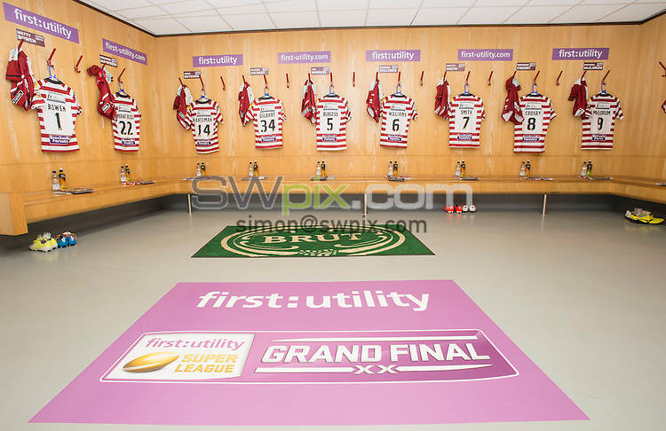 Picture by Allan McKenzie/SWpix.com - 10/10/2015 - Rugby League - First Utility Super League Grand Final - Leeds Rhinos v Wigan Warriors - Old Trafford, Manchester, England - Wigan's changing room, First Utility, Brut, branding.