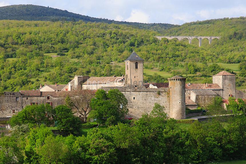 France, Aveyron (12),Parc Naturel Régional des Grands Causses. Sainte-Eulalie-de-Cernon, commanderie médiévale // France, Aveyron,Parc Naturel Regional des Grands Causses. Sainte Eulalie de Cernon, medieval commandery
