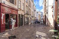 France, Loiret (45), Orléans, rue de Bourgogne // France, Loiret, Orleans, Bourgogne street