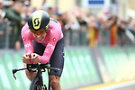 Cycling Tour Giro d'Italia 2018; Stage 16 between Trento and Rovereto on May 22, 2018 in Rovereto, Italy; Rohan Dennis (Aus) BMC Racing Team wins the stage; Simon Yates (GBr) Mitchelton-Scott remains leader with the pink jersey. Pictured :