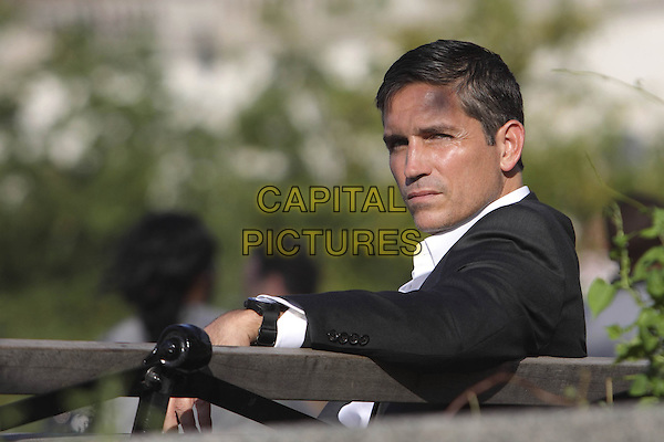 "JIM CAVIEZEL.in Person of Interest (Series 1, Episode 5, ""Judgement"") .*Filmstill - Editorial Use Only*.CAP/NFS.Supplied by Capital Pictures."