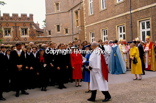THE QUEEN LEAVING ETON SCHOOL 1990.