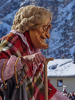 Aufzug der Masken beim Nassereither Schellerlauf, Fasnacht in Nassereith, Bezirk Imst, Tirol, &Ouml;sterreich, Europa, immaterielles UNESCO Weltkulturerbe<br /> gathering of the masks, Nassereither Schellerlauf-Fasnacht, Nassereith, Tyrol, Austria Europe, Intangible World Heritage