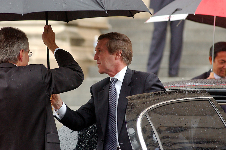 3cathedral091401 -- Former Secretary of Defense William Cohen arrives at the National Cathedral in Washington DC for a service to remember those killed in terrorist attacks on the United States, on Tuesday.