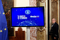 A screen with the reforms on it<br /> Rome January 17th 2019. Press conference of  the Italian premier and of the two vice premiers just after the Minister cabinet approved the reform of job (citizenship income) and board.<br /> Foto Samantha Zucchi Insidefoto