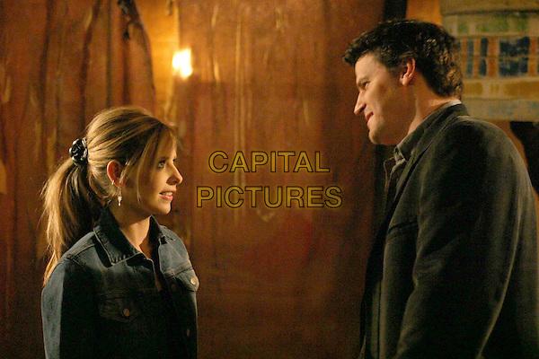 "DAVID BOREANAZ & SARAH MICHELLE GELLAR.in Buffy The Vampire Slayer - ""Chosen"".Filmstill - Editorial Use Only.Ref: FB.sales@capitalpictures.com.www.capitalpictures.com.Supplied by Capital Pictures."