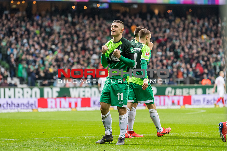 10.02.2019, Weserstadion, Bremen, GER, 1.FBL, Werder Bremen vs FC Augsburg<br /> <br /> DFL REGULATIONS PROHIBIT ANY USE OF PHOTOGRAPHS AS IMAGE SEQUENCES AND/OR QUASI-VIDEO.<br /> <br /> im Bild / picture shows<br /> Jubel 1:0, Milot Rashica (Werder Bremen #11) bejubelt seinen Treffer zum 1:0 mit geballten F&auml;usten,<br /> <br /> Foto &copy; nordphoto / Ewert