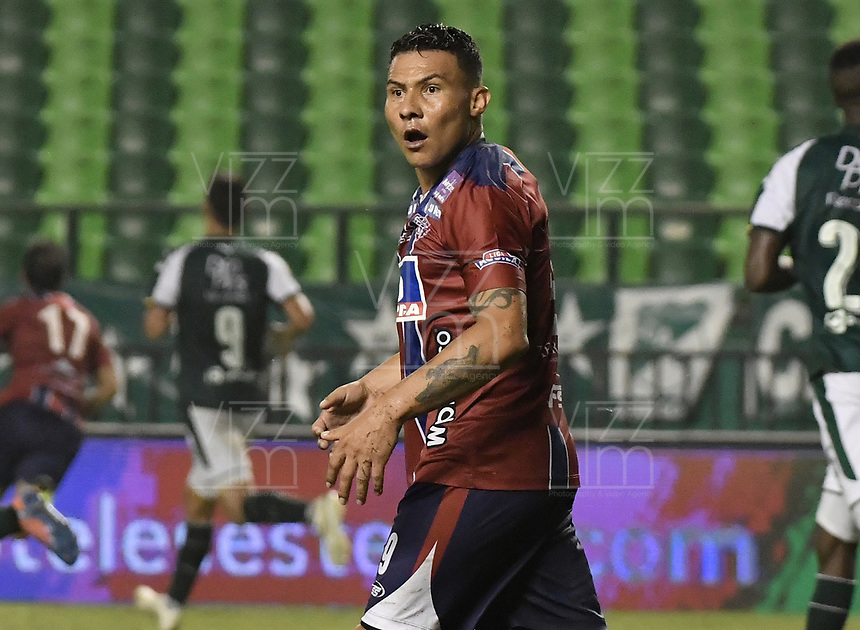 PALMIRA - COLOMBIA, 19-02-2019: Luis Carlos Arias del Unión reacciona durante el partido por la fecha 5 de la Liga Águila I 2019 entre Deportivo Cali y Union Magdalena jugado en el estadio Deportivo Cali de la ciudad de Palmira. / Luis Carlos Arias of Union reacts during the Final second leg match between Deportivo Cali and Union Magdalena as parto of Aguila League I 2019 played at Deportivo Cali stadium in Palmira city.  Photo: VizzorImage / Gabriel Aponte / Staff