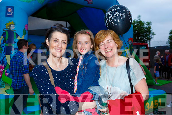Enjoying the 21st birthday celebrations in the Kingdom Track on Friday night.<br /> L-r, Karen and Caoimhe Slattery and Patricia Carmody.