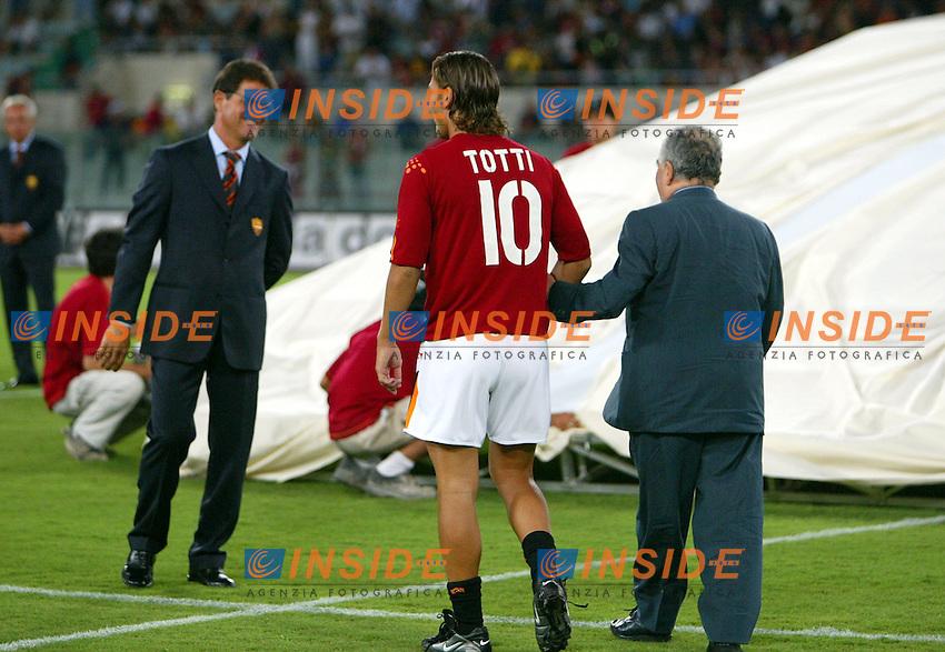 Roma 25/8/2003<br /> Presentazione AS Roma <br /> Francesco Totti  e il presidente Franco Sensi accolti da Fabio Capello<br /> Foto Staccioli / Insidefoto
