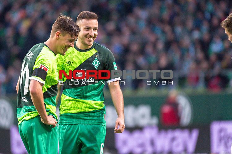 10.02.2019, Weser Stadion, Bremen, GER, 1.FBL, Werder Bremen vs FC Augsburg, <br /> <br /> DFL REGULATIONS PROHIBIT ANY USE OF PHOTOGRAPHS AS IMAGE SEQUENCES AND/OR QUASI-VIDEO.<br /> <br />  im Bild<br /> <br /> Freistoss Kevin Möhwald / Moehwald (Werder Bremen #06)<br /> Max Kruse (Werder Bremen #10)<br /> <br /> <br /> Foto © nordphoto / Kokenge