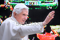 Pope Benedict XVI the weekly general audience  in St Peter's square at the Vatican, September 22, 2010