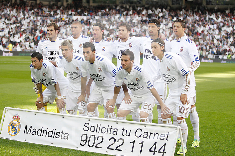 Real Madrid's team photo supporting Antonio Cassano before La Liga Match. November 06, 2011. (ALTERPHOTOS/Alvaro Hernandez)