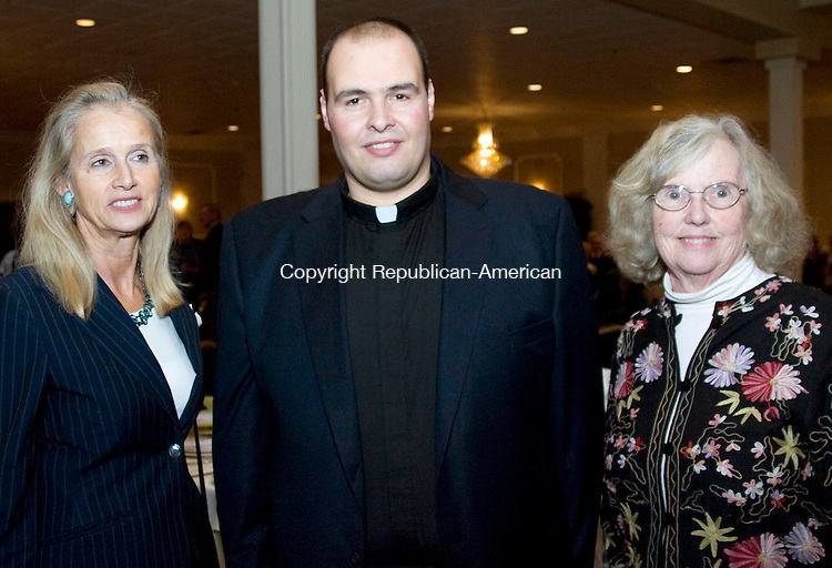 WATERBURY, CT - 01 NOVEMBER 2009 -110109JT11-<br /> From left, Sen. Joan Hartley (D-15th) with Rev. Naji Kiwan and Peggy Judd during Carolyn's Place Pregnancy Care Center's 17th anniversary dinner at the Villa Rosa in Waterbury on Sunday. Rebbeca Lobo, former UConn and WNBA star, was the event's guest speaker. <br /> Josalee Thrift Republican-American