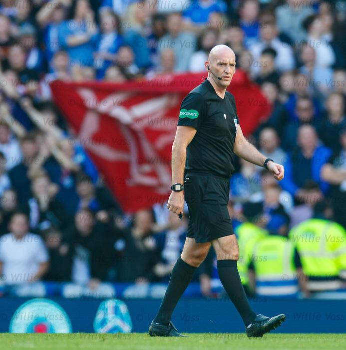 28.09.2018 Rangers v Aberdeen: ref Bobby Madden