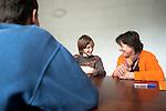 Temp'O jeunes est une méthode d'accompanement éducatif et d'aide à la parentalité. L'idée générale est d'apporter au jeune (11-25) une meilleure confiance en lui et d'avantage d'autonomie. Saint germain-en-Laye