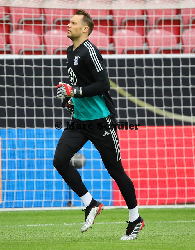 Torwart Manuel Neuer (Deutschland Germany) - 10.06.2019: Abschlusstraining der Deutschen Nationalmannschaft vor dem EM-Qualifikationsspiel gegen Estland, Opel Arena Mainz