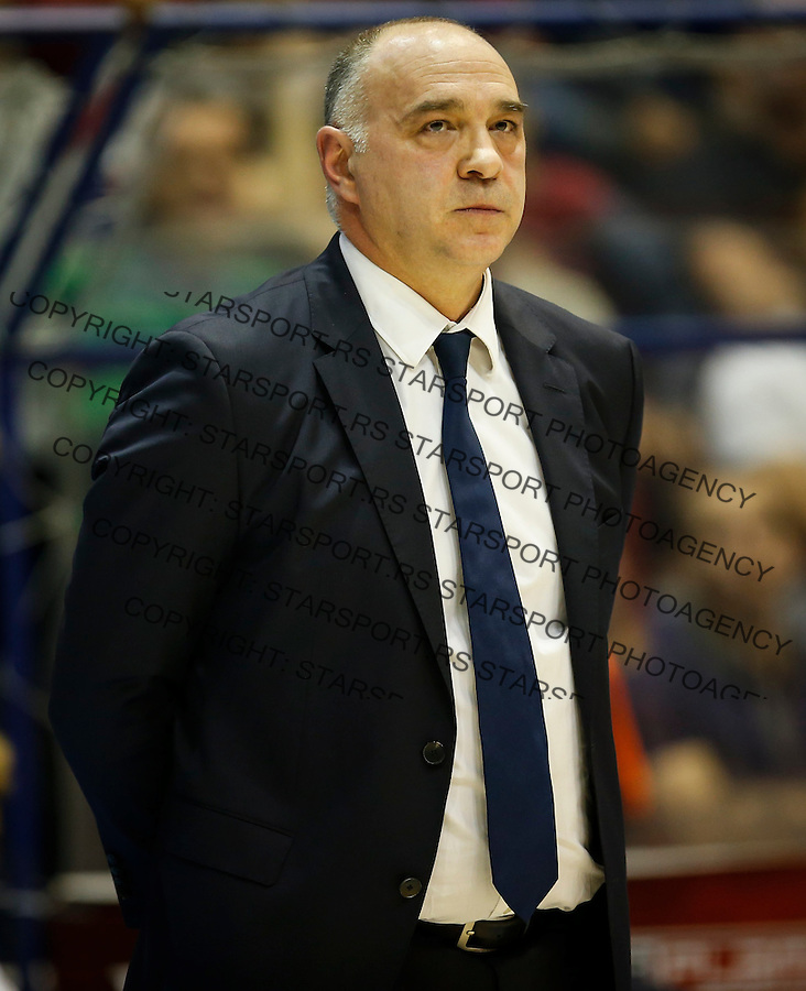 BELGRADE, SERBIA - DECEMBER 22: Head coach Pablo Laso of Real Madrid looks on during the 2016/2017 Turkish Airlines EuroLeague Regular Season Round 14 game between Crvena Zvezda MTS Belgrade and Real Madrid at Aleksandar Nikolic Hall on December 22, 2016 in Belgrade, Serbia. (Photo by Srdjan Stevanovic/Getty Images)