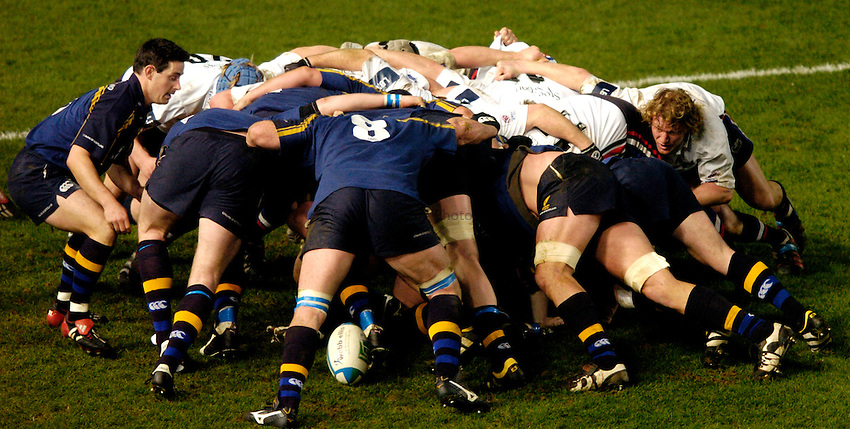 Photo: Richard Lane..Leinster Lions v Sale Sharks. Heinenken Cup. 09/01/2004..Sale and Leinster scrum.