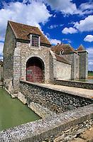 Europe/France/Ile-de-France/77/Seine-et-Marne/Bombon: Fief des époisses - Ferme fortifiée