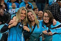 PORTO ALEGRE, RS, 02.11.2016 - GRÊMIO- CRUZEIRO - Torcedoras, do Grêmio, durante partida contra o Cruzeiro, válida pela semifinais da Copa do Brasil 2016, na Arena do Grêmio, nesta quarta-feira.(Foto: Rodrigo Ziebell/Brazil Photo Press)