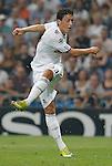 MADRID (15/(09/2010).- Champions League match Real Madrid vs Ajax Amsterdam. Mesut Özil...Photo: Cesar Cebolla / ALFAQUI
