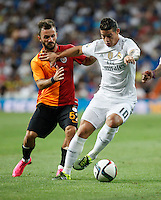 Real Madrid´s James Rodriguez (R) and Galatasaray´s Emre Colak during Santiago Bernabeu Trophy match at Santiago Bernabeu stadium in Madrid, Spain. August 18, 2015. (ALTERPHOTOS/Victor Blanco)