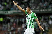 MEDELLIN - COLOMBIA -26-05-2016: Orlando Berrio de Atlético Nacional celebra después de anotar un gol a La Equidad durante partido por la fecha 15 de la Liga Águila I 2016 jugado en el estadio Atanasio Girardot de la ciudad de Medellín./ Orlando Berrio payer of Atletico Nacional celebrates after scoring a goal to La Equidad during match for the date 15 of the Aguila League I 2016 played at Atanasio Girardot stadium in Medellin city Photo: VizzorImage / Cristian Alvarez / CONT