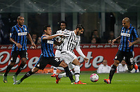 Calcio, Serie A: Inter vs Juventus. Milano, stadio San Siro, 18 ottobre 2015. <br /> Juventus&rsquo; Alvaro Morata, center, is challenged by FC Inter's Jeison Murillo, left, and Felipe Melo, during the Italian Serie A football match between FC Inter and Juventus, at Milan's San Siro stadium, 18 October 2015.<br /> UPDATE IMAGES PRESS/Isabella Bonotto