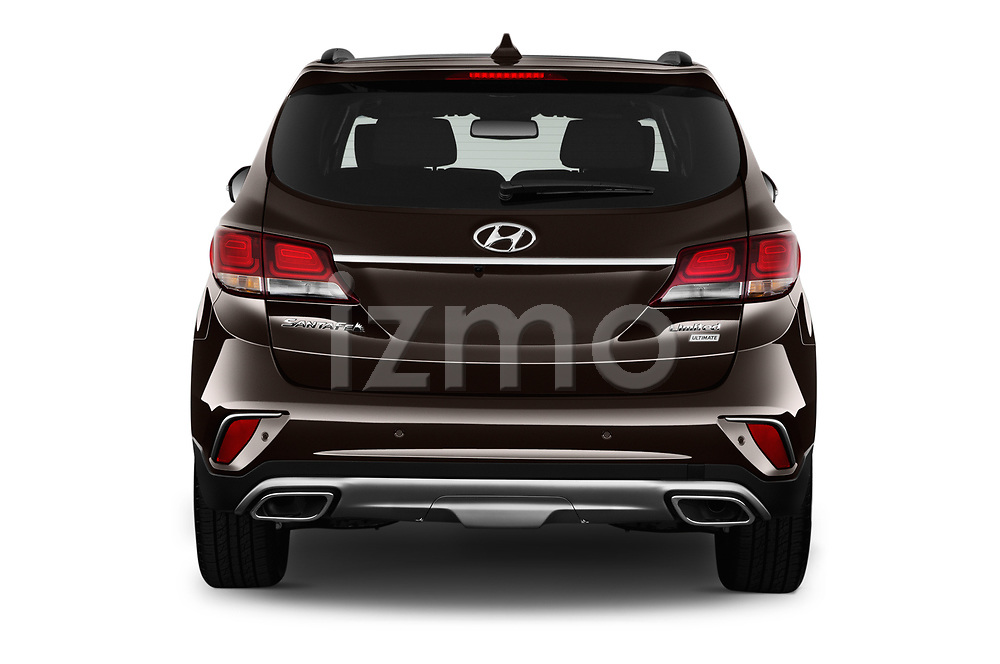 Straight rear view of 2018 Hyundai Santa-Fe Limited-Ultimate-FWD 5 Door SUV Rear View  stock images