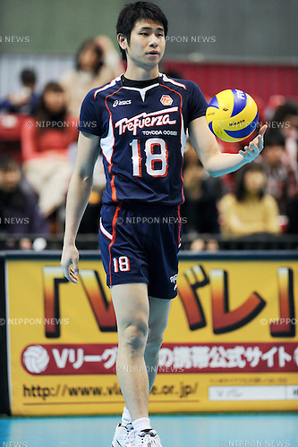 Shoji Maruyama (Trefuerza), MARCH 5, 2011 - Volleyball : 2010/11 Men's V.Premier League match between Toyoda Gosei Trefuerza 1-3 Panasonic Panthers at Tokyo Metropolitan Gymnasium in Tokyo, Japan. (Photo by AZUL/AFLO).