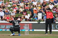 New Zealand's Tim Southee successfully appeals for an LBW decision from umpire RSA Palliyaguruge. New Zealand Blackcaps v England. One Day International Cricket. Seddon Park, Hamilton, New Zealand on Sunday 25 February 2018.<br /> <br /> Copyright photo: &copy; Bruce Lim / www.photosport.nz