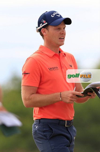 Danny WILLETT (ENG) on the 4th tee during Thursday's Round 1 of the 2015 U.S. Open 115th National Championship held at Chambers Bay, Seattle, Washington, USA. 6/19/2015.<br /> Picture: Golffile | Eoin Clarke<br /> <br /> <br /> <br /> <br /> All photo usage must carry mandatory copyright credit (&copy; Golffile | Eoin Clarke)