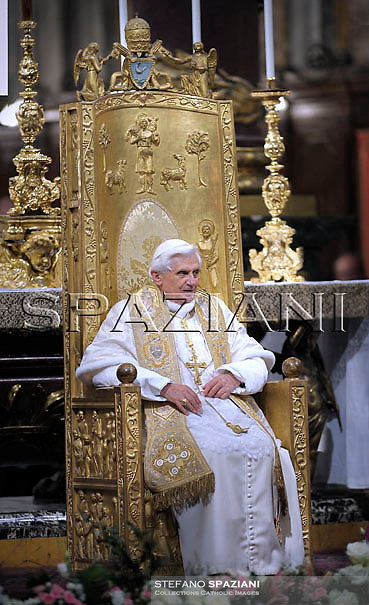 Pope Benedict XVI celebrates a rosary prayer at Saint Mary Major Basilica in Rome..May 3, 2008  ..