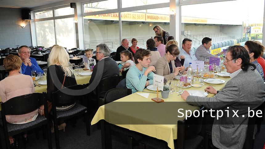 Harelbeke - KSC Menen :<br /> <br /> VIP Diner voor de wedstrijd<br /> <br /> foto VDB / BART VANDENBROUCKE