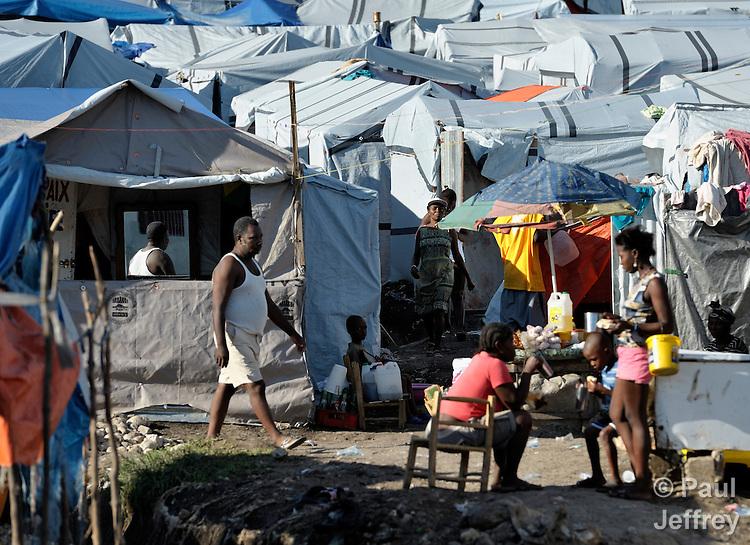 Haiti Quake Survivors Live In Tent City Kairosphotos Images By