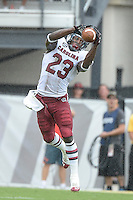September 28, 2013 - Orlando, FL, U.S: South Carolina Gamecocks wide receiver Bruce Ellington (23) stretches for the ball during 1st half NCAA football game action between the South Carolina Gamecocks and the UCF Knights at Bright House Networks Stadium in Orlando, Fl