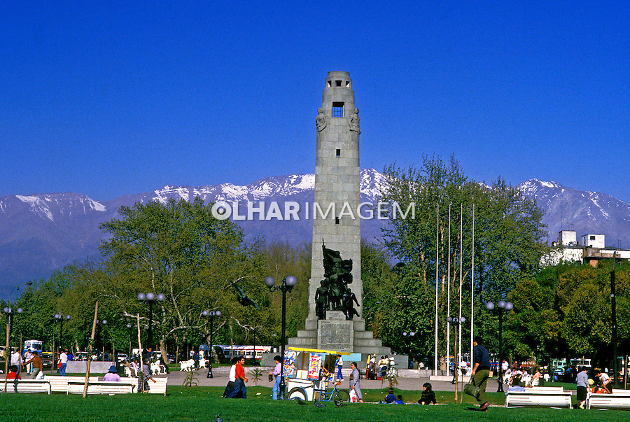 Praça na cidade de Santiago do Chile. 1993. Foto de Salomon Cytrynowicz.