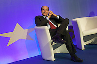 "Roma: Pier Luigi Bersani durante l'incontro ""il Futuro dell'Europa"" organizzato dal Partito Democratico e con la presenza di Francois Hollande candidato socialista alle presoidenziali francesi del 2012.. .Rome: the general secretary of the Democratic Party (PD) Pier Luigi Bersani during the 'Future of Europe' conference"