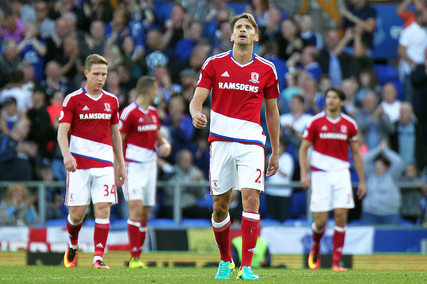Middlesbrough players look dejected after Everton's Seamus Coleman scored his sides second goal <br /> <br /> Photographer Rich Linley/CameraSport<br /> <br /> The Premier League - Everton v Middlesbrough - Saturday 17th September 2016 - Goodison Park - Liverpool<br /> <br /> World Copyright &copy; 2016 CameraSport. All rights reserved. 43 Linden Ave. Countesthorpe. Leicester. England. LE8 5PG - Tel: +44 (0) 116 277 4147 - admin@camerasport.com - www.camerasport.com