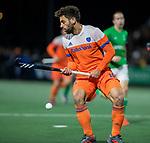 AMSTELVEEN - Valentin Verga (Ned)   de hockeyinterland Nederland-Ierland (7-1) , naar aanloop van het WK hockey in India.  COPYRIGHT KOEN SUYK